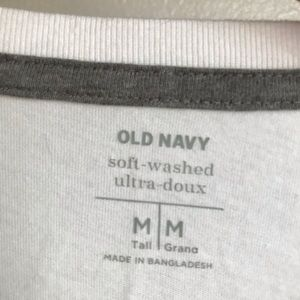 Old Navy Shirts - New Old Navy long sleeve crew neck